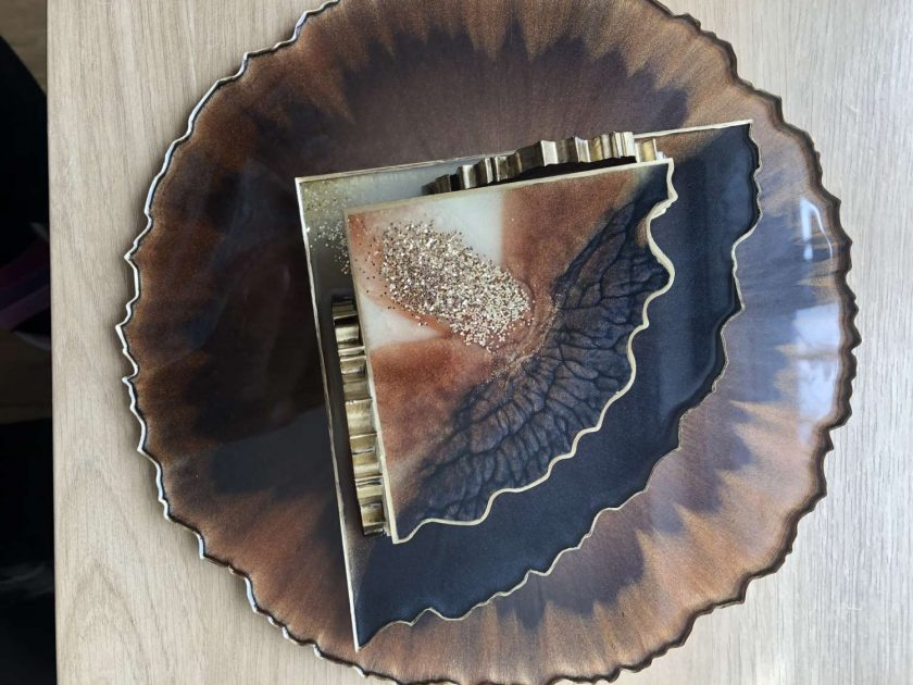 Resin tray 4 coasters and coasters holder 2