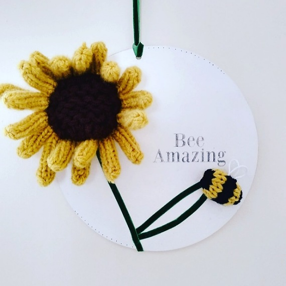 Sunflower and bee wall hanging 1