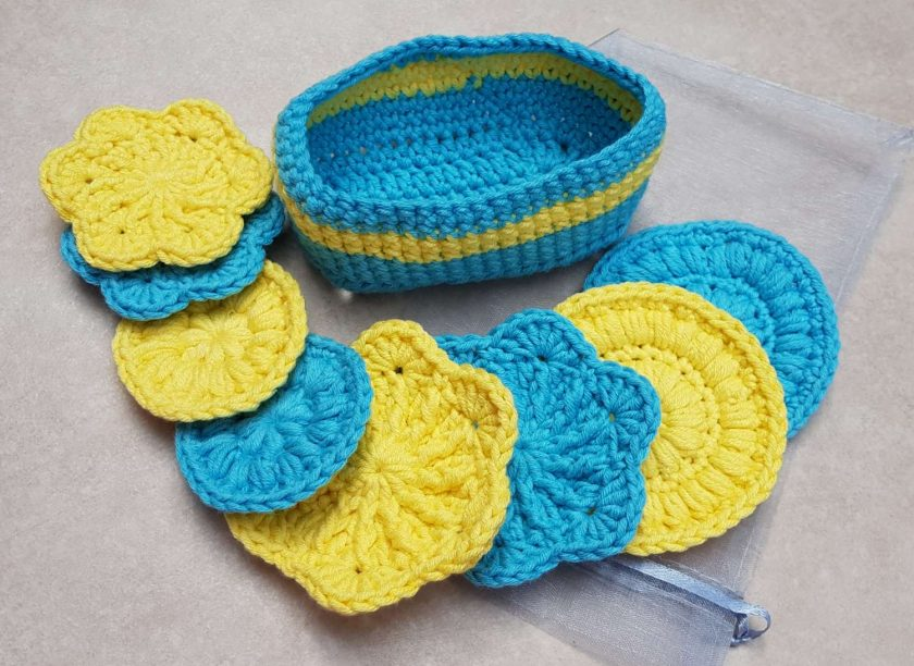 Crocheted face scrubbies with basket 5