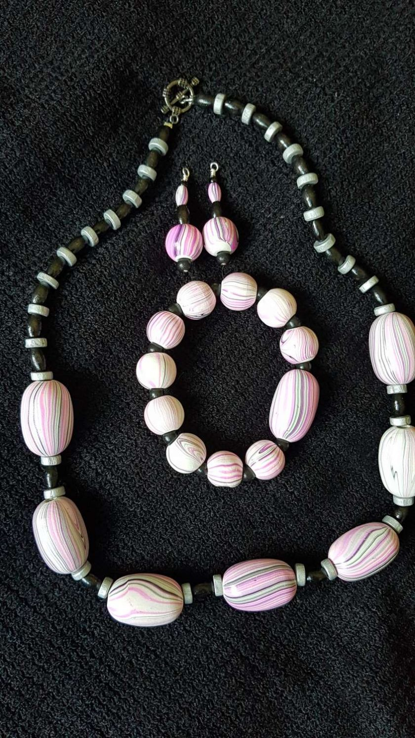 Pink and Black Wooden Jewellery Set 1