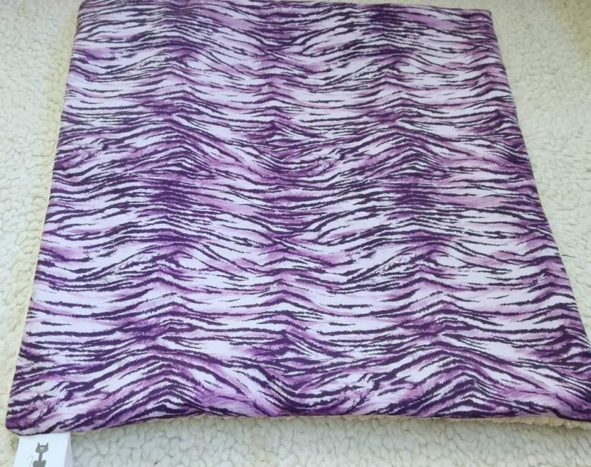 Made to measure Fleece or cotton lap mats. 4