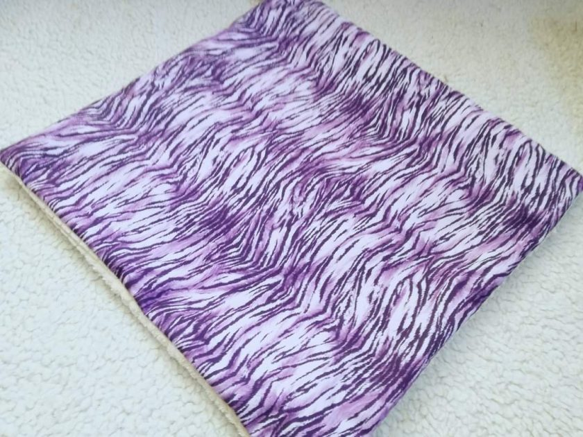 Made to measure Fleece or cotton lap mats. 6