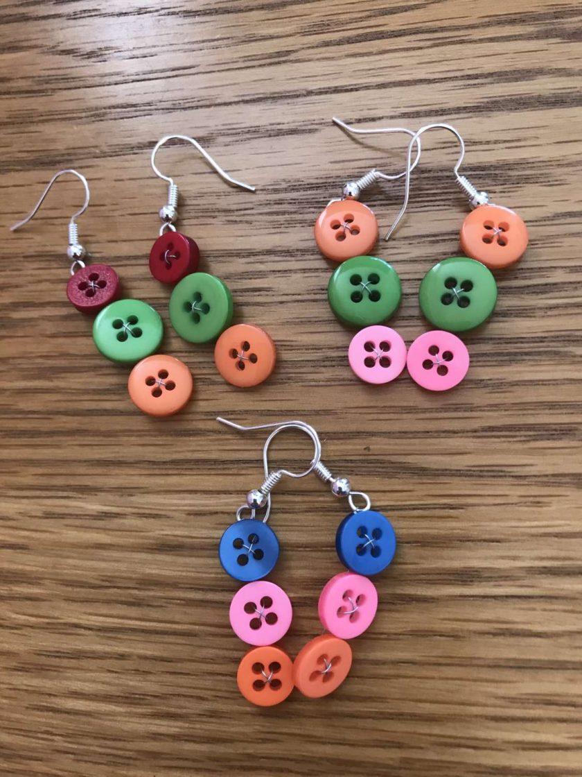 Colourful button drop earrings (set of 3) 1