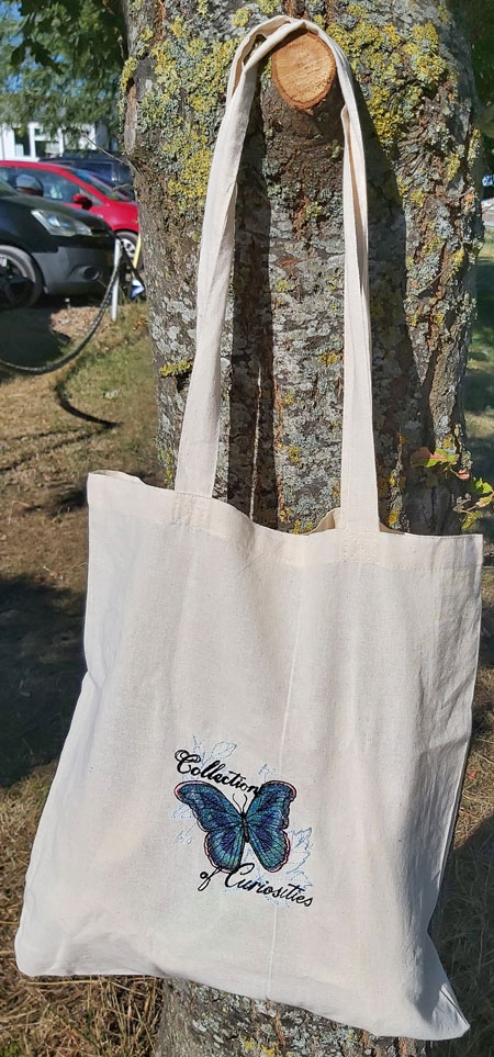 Curious Butterfly embroidered tote bag 3