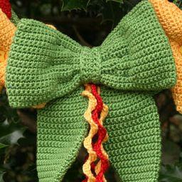 Hearts & Stars Wreath - crochet kit 5