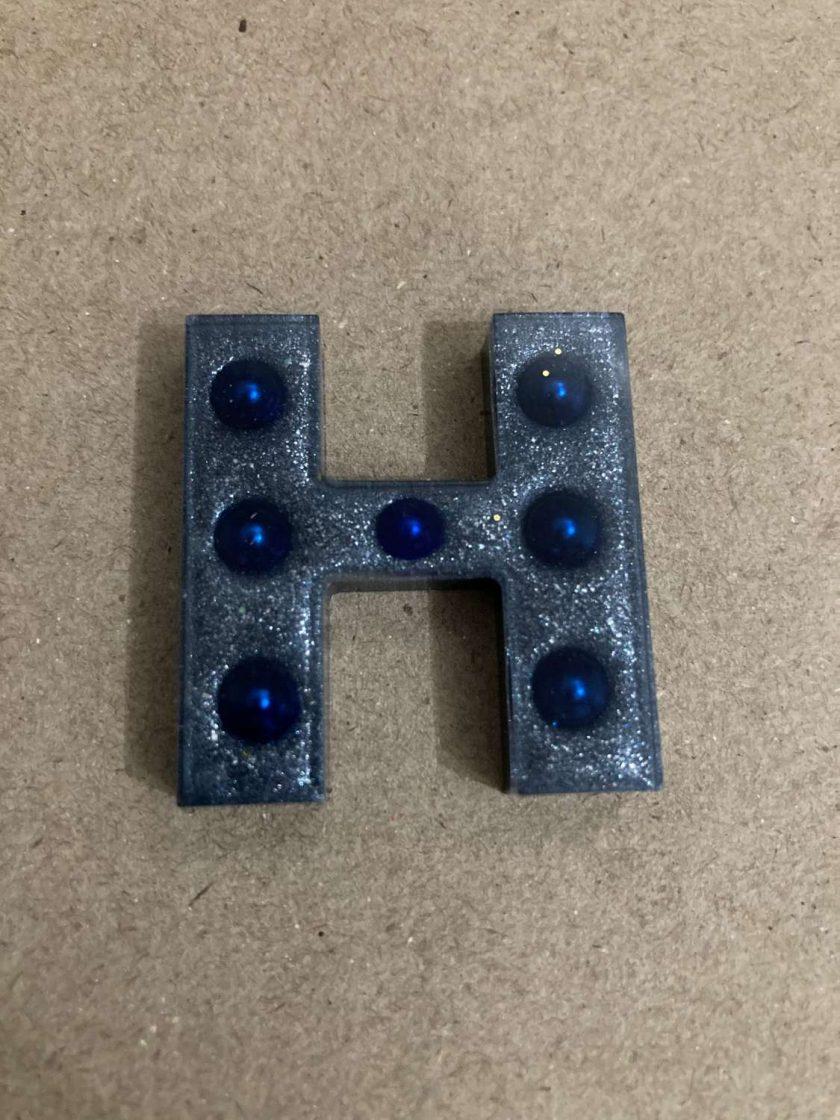 Resin letter H key chain or plain 1