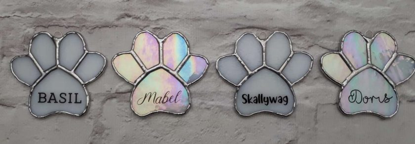 Stained glass paw print suncatcher - can be personalised 1