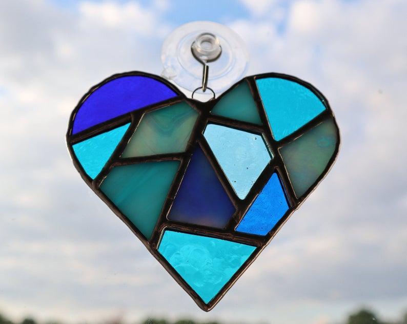 Stained glass mosaic heart suncatcher 8