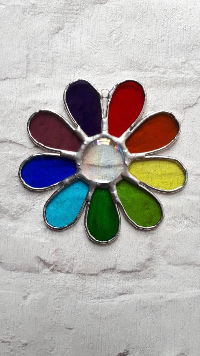 Stained glass rainbow daisy suncatcher 1