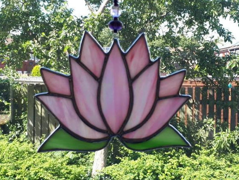 Stained glass Lotus flower / Waterlily suncatcher 6