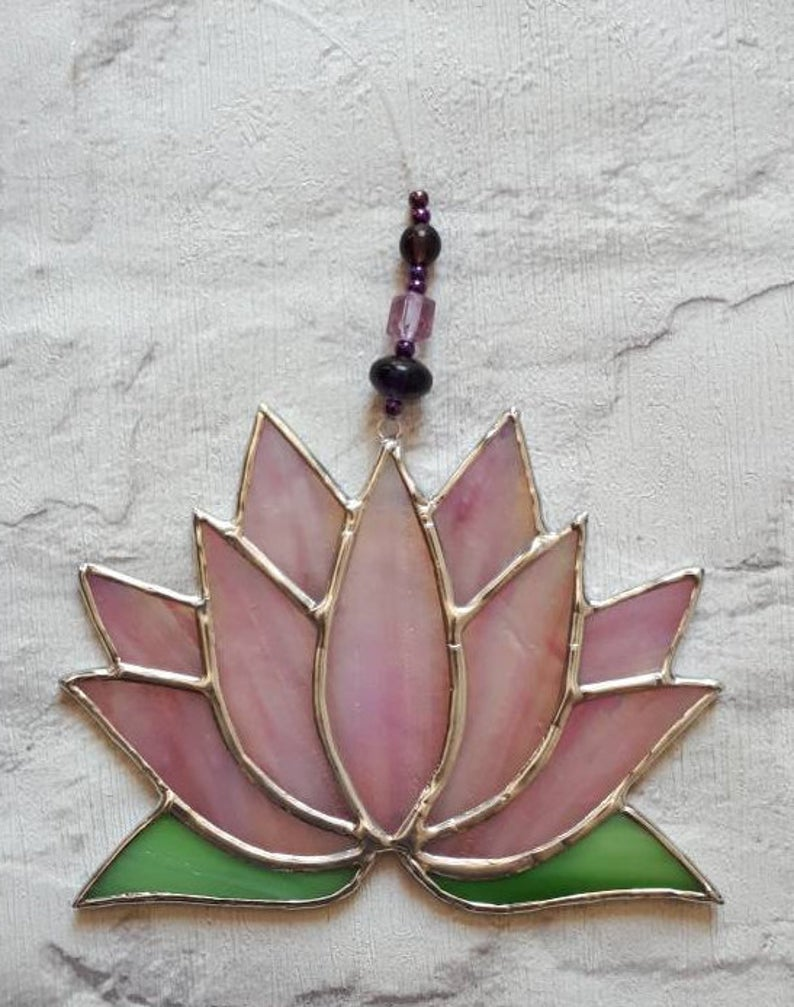 Stained glass Lotus flower / Waterlily suncatcher 5