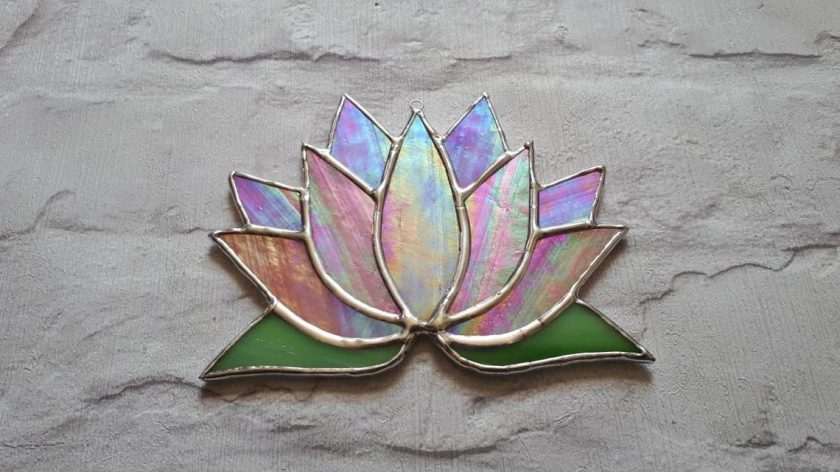 Stained glass Lotus flower / Waterlily suncatcher 3