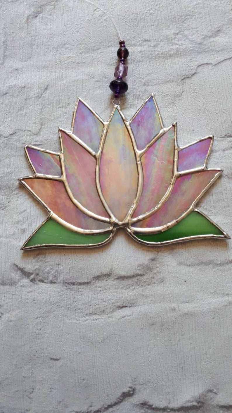 Stained glass Lotus flower / Waterlily suncatcher 1