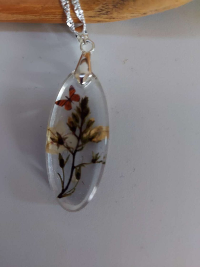 Handcrafted Floral resin pendent/ necklace  1