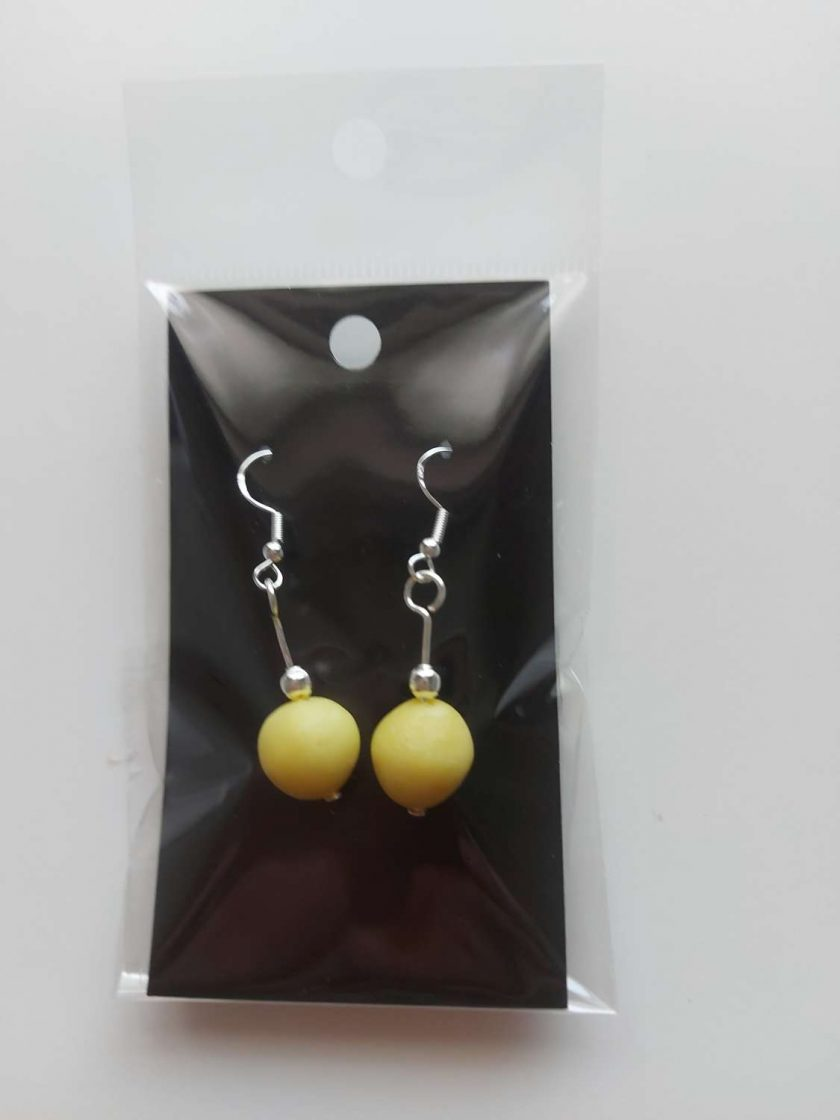 Polymer clay earrings light yellow 1