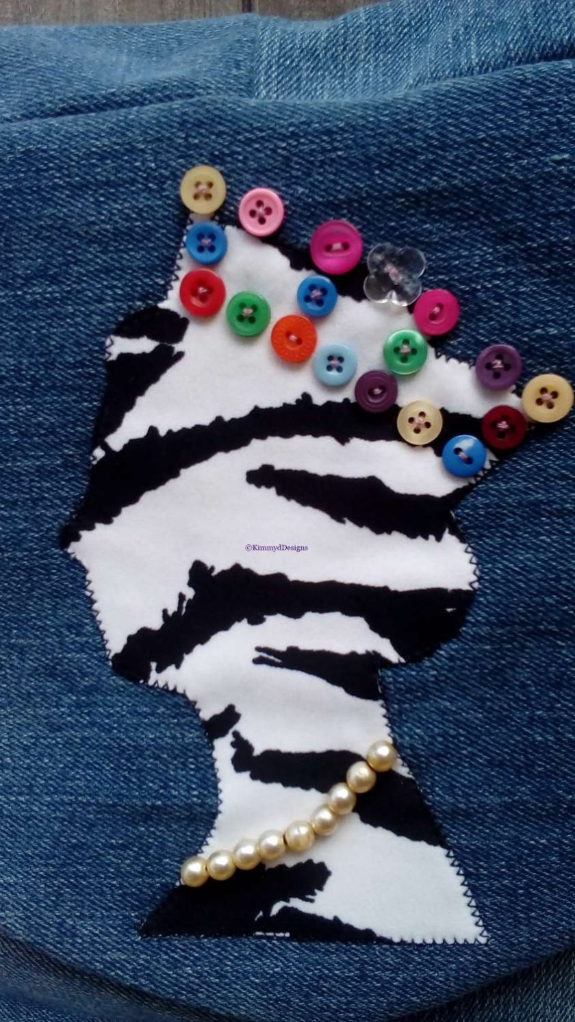 Queen Fully Lined Handbag Zebra Fabric & Button Crown FREE UK POSTAGE 2