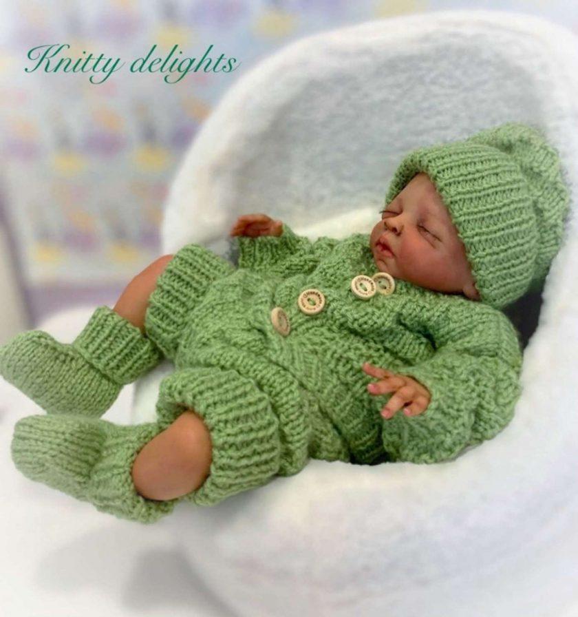 """Baby Thomas 5-Piece Set Knitting Pattern~DK~Premature or 15-17"""" Reborns 1"""