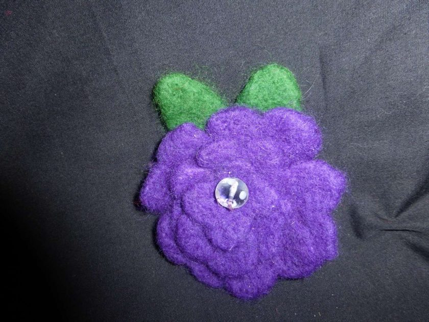 Flower Brooch - Hand Needle Felted 1