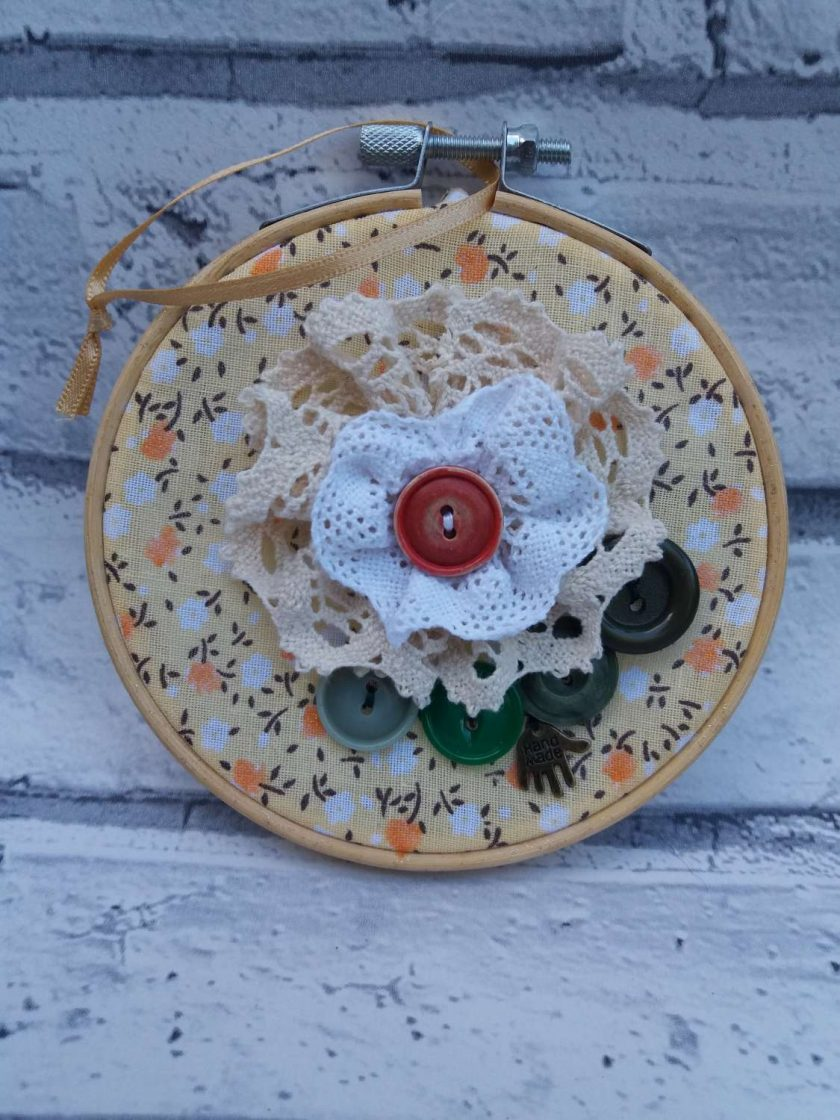Embroidery hoop hanging decorations 1