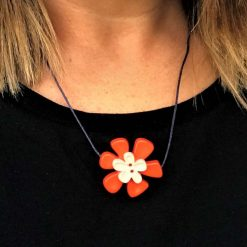 Button Flower Pendant Short Necklace 9