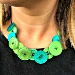 Green button necklace (short) 10