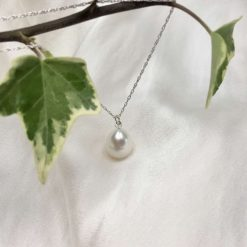White pearl pendant, teardrop pearl necklace, classic pearl pendant, bridal ideas, wedding accessories, 30th anniversary, 21st birthday gift, 30th birthday present, special occasion jewellery 11