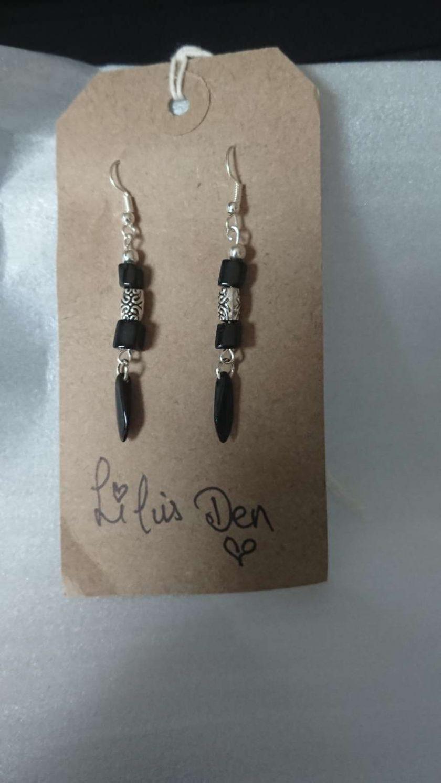 Black Czech Glass dangle drop earrings 1