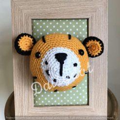 Crochet Tiger Head Frame