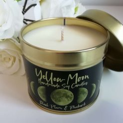 Black Plum & Rhubarb Scented Candle