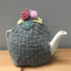 Tea Cosy light grey with flowers