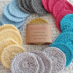 Reusable face cleansing pads