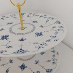 Blue and white cake stand 11