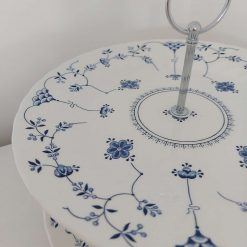 Blue and white cake stand 8