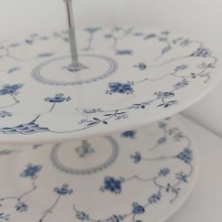 Blue and white cake stand 10