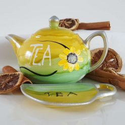 MORNING DAISY PORCELAIN TEAPOT and TEA BAG HOLDER Hand painted | Dishwasher Safe |