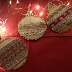Traditional Rustic Baubles individual 1