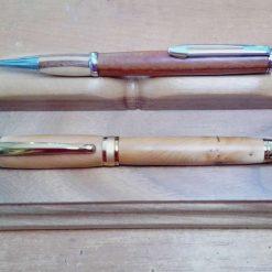 Desk Pen Stand in walnut