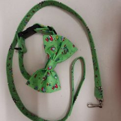 This Handmade set of Matching dog collar, leash and Bow are all made in this lovely design on a nice Green background. with free UK postage.