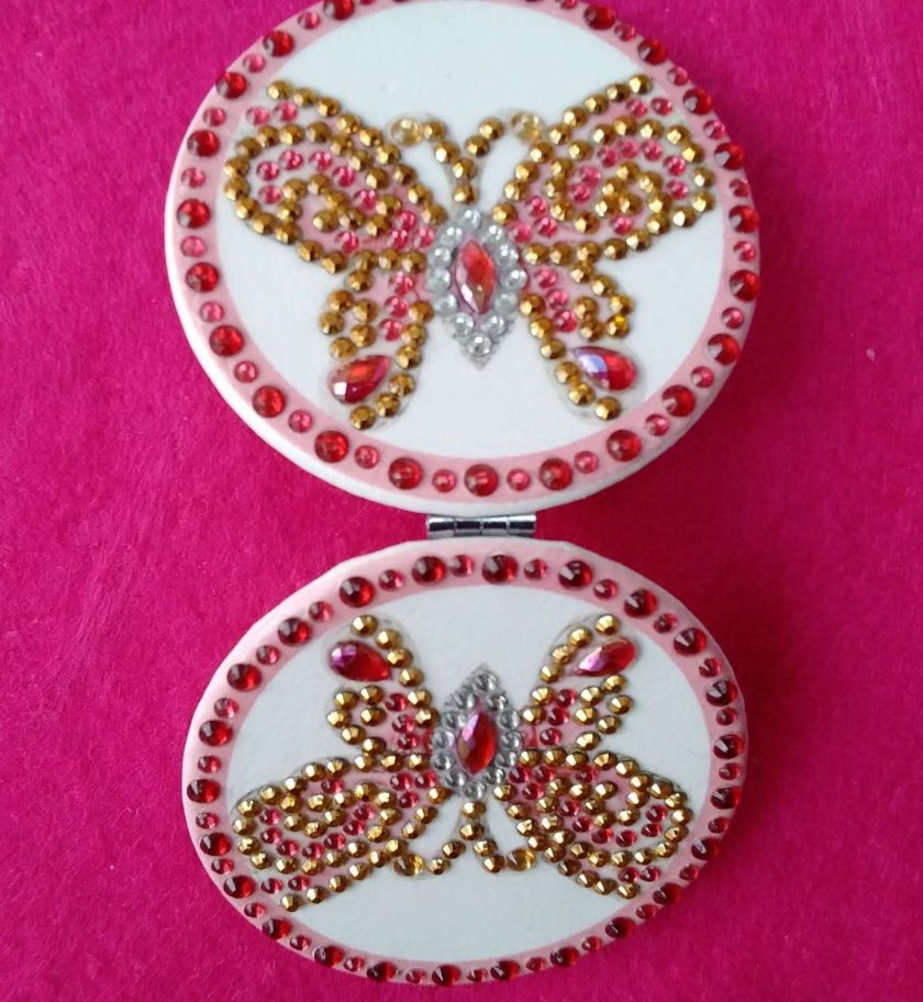 Diamond painting round compact handbag mirror with pink and gold butterfly