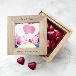 30 Days of Kisses Oak Photo Cube with chocolates