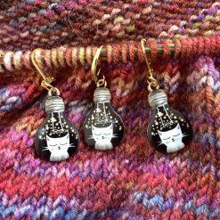 Lightbulb cat knitting or crochet stitch markers 3