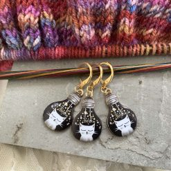 Lightbulb cat knitting or crochet stitch markers 2