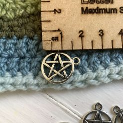 10 x I love knitting Tibetan silver charms - 2cm