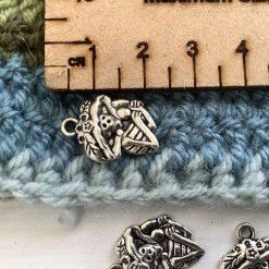 10 x fangs Tibetan brass charms - 1.5cm