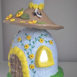 Dome light up House featuring bees and flowers