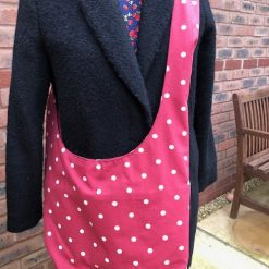 Hobo bag in red with white spots