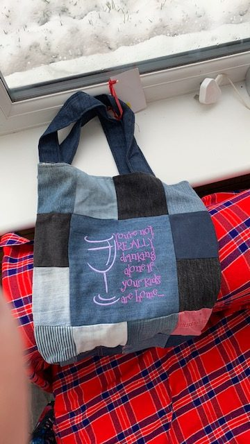 Embroidered tote bag cats paw prints