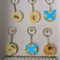 Bee/daisy design Decoupage wooden keyring/bag charm