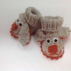 Baby booties newborn beige and rust dogs Acrylic Hand knitted