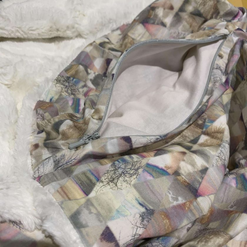Faux fur and Liberty scarf with secret pocket: cream